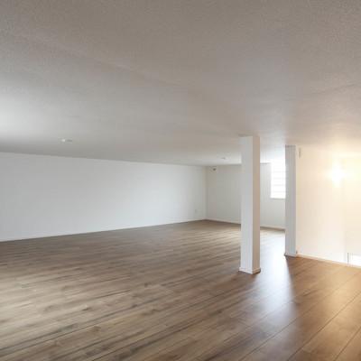 「限られた土地でも広々空間収納たっぷり」丁寧にこだわり叶えた高性能なナチュラルハウス H様邸(夫婦+子ども3人)のサムネイル